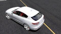 Maserati Levante S 2017 (1.5.9) - City Car Driving мод (изображение 3)