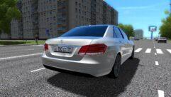 Mercedes-Benz E-Class (1.5.9) - City Car Driving мод (изображение 2)