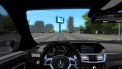 Mercedes-Benz E-Class (1.5.9) - City Car Driving мод (изображение 4)