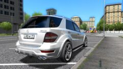 Mercedes-Benz ML 63 AMG (1.5.9) - City Car Driving мод (изображение 3)