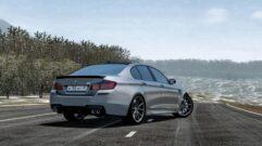BMW M5 F10 (1.5.9) - City Car Driving мод (изображение 2)